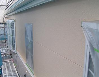 外壁(上塗り1回目)