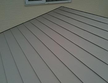 1階下屋根(2回目塗装後)
