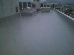 自動車学校|屋上塩ビシート防水の事例