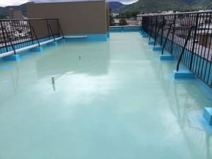 屋上平場ウレタン塗膜防水塗布後