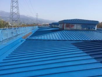 山形市の工場|屋根の塗膜防水改修工事の事例