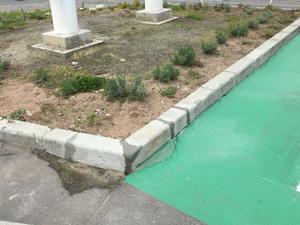 駐車ブロック設置