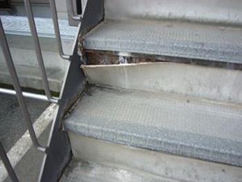 階段シート劣化