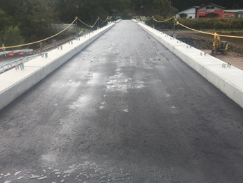 山形県上山市の山形県道橋 床版シート防水|アスファルト防水工事