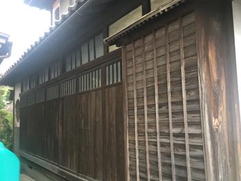 1階雨戸塗装施工前