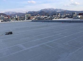 山形県山形市の城北高校屋上|鉄骨造のアスファルト防水工事