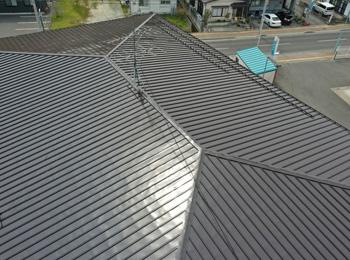 宮古年金事務所屋根塗装工事|公共工事の塗装事例