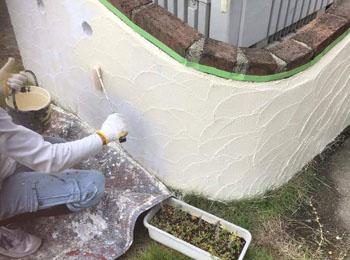 外部擁壁トップコート塗布